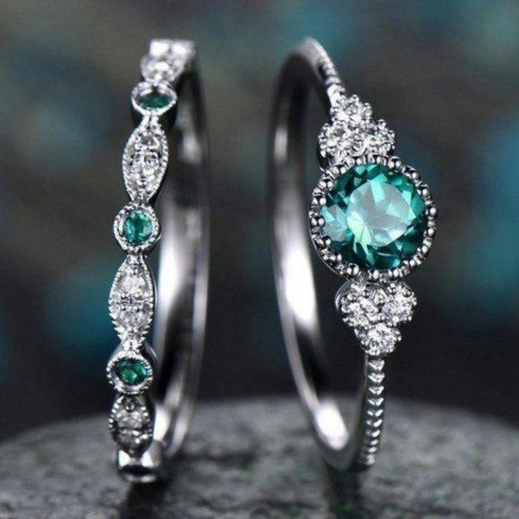 NEW 925 Sterling Silver Emerald Diamond Ring Set